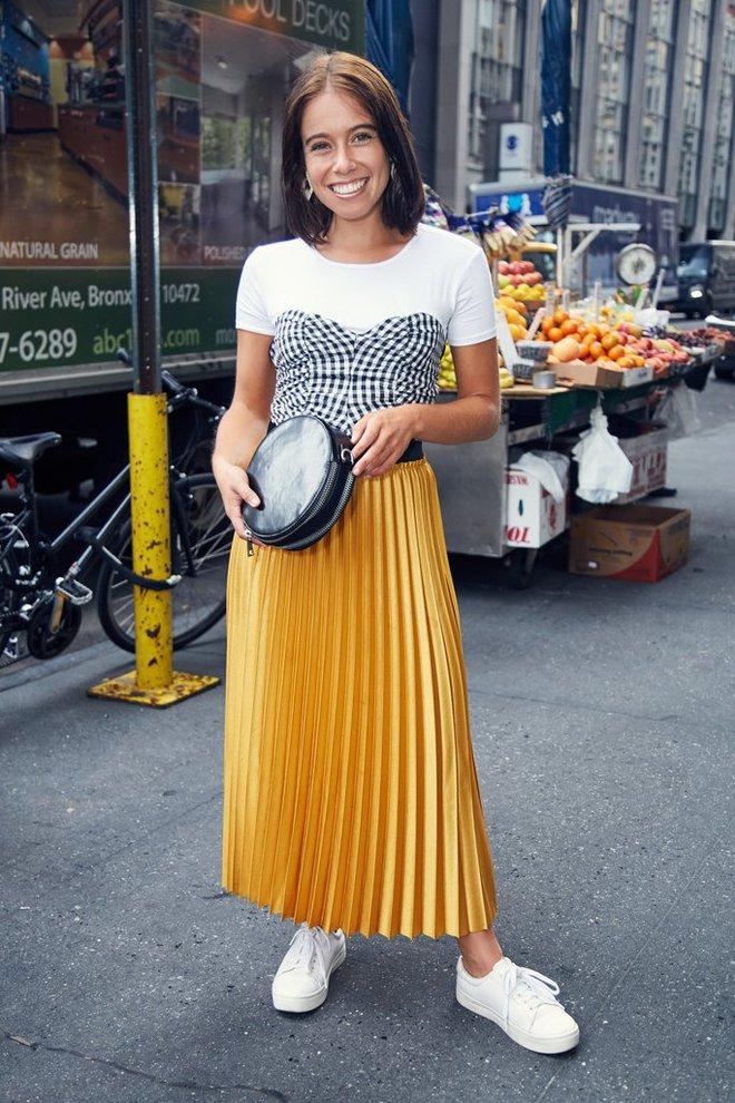 Chẳng cần phải hàng hiệu lồng lộn để dự Tuần lễ thời trang, cô nàng này toàn chọn đồ bình dân mà vẫn nổi bật - Ảnh 14.