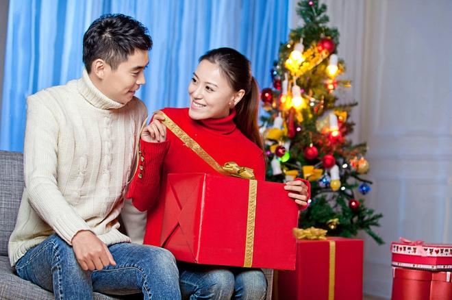 Chồng im ru ngày 20/10, nàng hãy khéo gửi ngay 15 ý tưởng quà tặng lãng mạn này để anh ấy chuẩn bị nhé! - Ảnh 11.