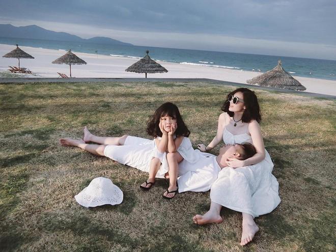 Sắp 30 đến nơi, cựu hot girl Ngọc Mon vẫn trẻ trung sành điệu, hưởng thụ cuộc sống viên mãn bên chồng kém tuổi - Ảnh 13.
