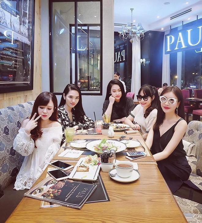 Đăng Thư - cựu hot girl Sài thành 10 năm trước nay đã là mẹ 2 con sành điệu, trẻ mãi không già - Ảnh 40.