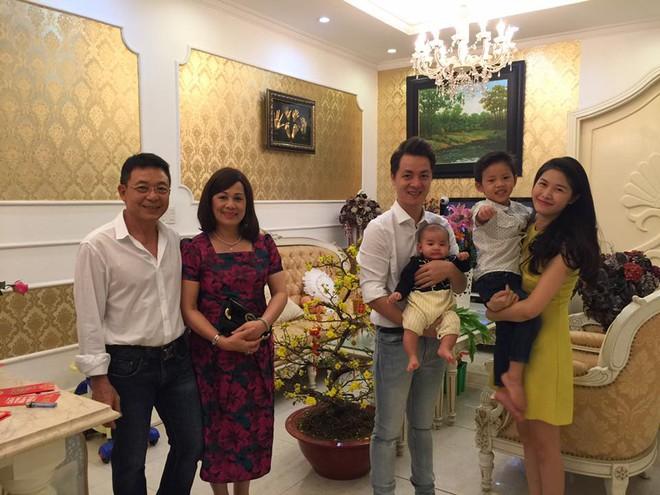 Thủy Anh - vợ ca sĩ Đăng Khôi, cựu hot girl đình đám một thời nay đã thành mẹ 2 con sang chảnh - Ảnh 5.