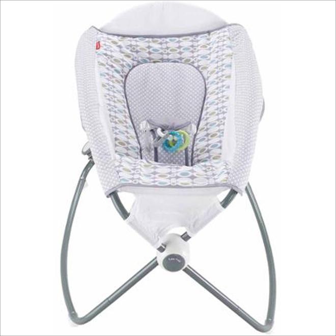 Đây chính xác là chiếc ghế rung hoàn hảo, đáng túi tiền nhất mẹ cần mua cho bé - Ảnh 11.