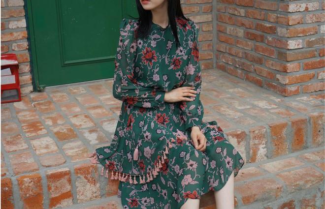 5 mẫu váy đang được các tín đồ thời trang châu Á diện nhiều nhất khi tiết trời se lạnh  - Ảnh 7.