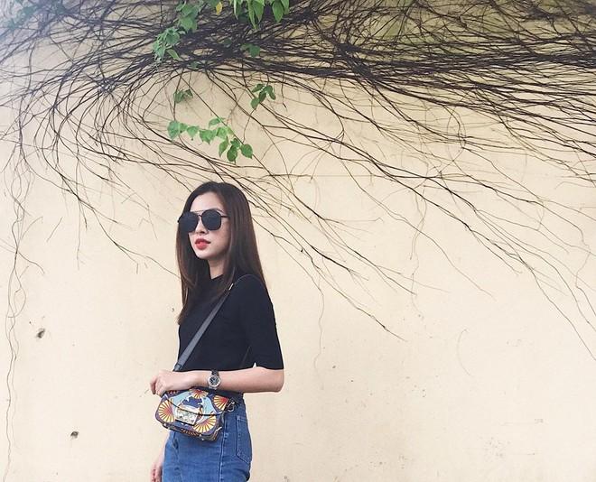 Street style tuần này: Angela Phương Trinh diện váy ôm già chát, Kỳ Duyên nổi bật vì dát hàng hiệu từ đầu tới chân - Ảnh 16.