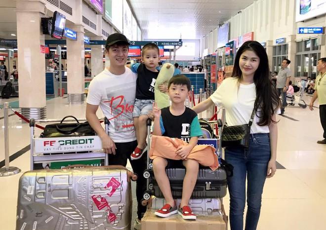 Thủy Anh - vợ ca sĩ Đăng Khôi, cựu hot girl đình đám một thời nay đã thành mẹ 2 con sang chảnh - Ảnh 7.
