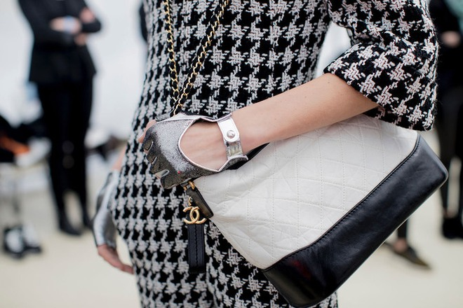 Túi mới của Chanel: Chưa ra mắt được bao lâu đã làm mưa làm gió tủ đồ của loạt sao Hoa ngữ - Ảnh 24.