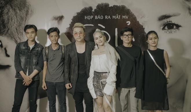 Hậu The Remix, Yanbi – Yến Lê trở lại với MV đậm màu sắc dân gian - Ảnh 8.