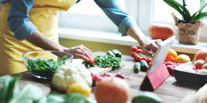Ăn cùng một loại thức ăn mỗi ngày liệu có tốt cho sức khoẻ? - Ảnh 5.