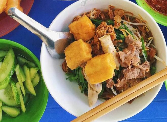 8 món ăn thần thánh giúp bạn chống chọi với thời tiết rán trứng giữa đường của Hà Nội - Ảnh 17.