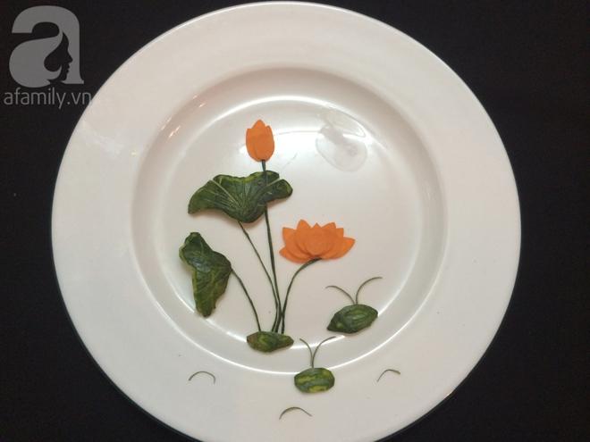 5 cách trang trí đĩa ăn siêu đẹp theo chủ đề hoa lá - Ảnh 3.