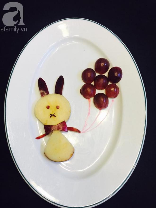 10 phút tạo hình 5 con vật siêu cute chỉ từ táo và nho - Ảnh 3.