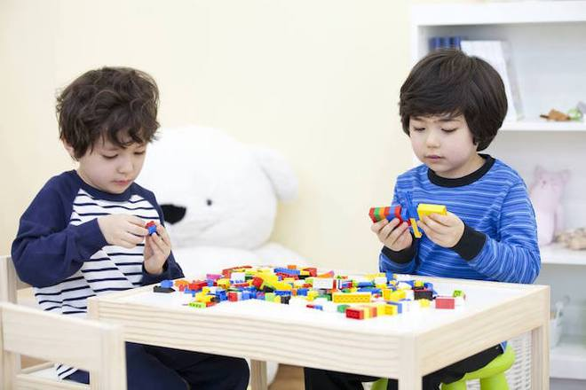 Đứa trẻ nào cũng nên có một bộ đồ chơi lego vì những lợi ích tuyệt vời này - Ảnh 1.