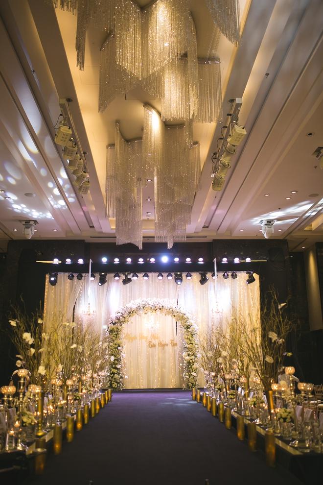 Đám cưới dát vàng của cặp đôi mới gặp lần 2 chàng đã khăng khăng đòi cưới - Ảnh 6.