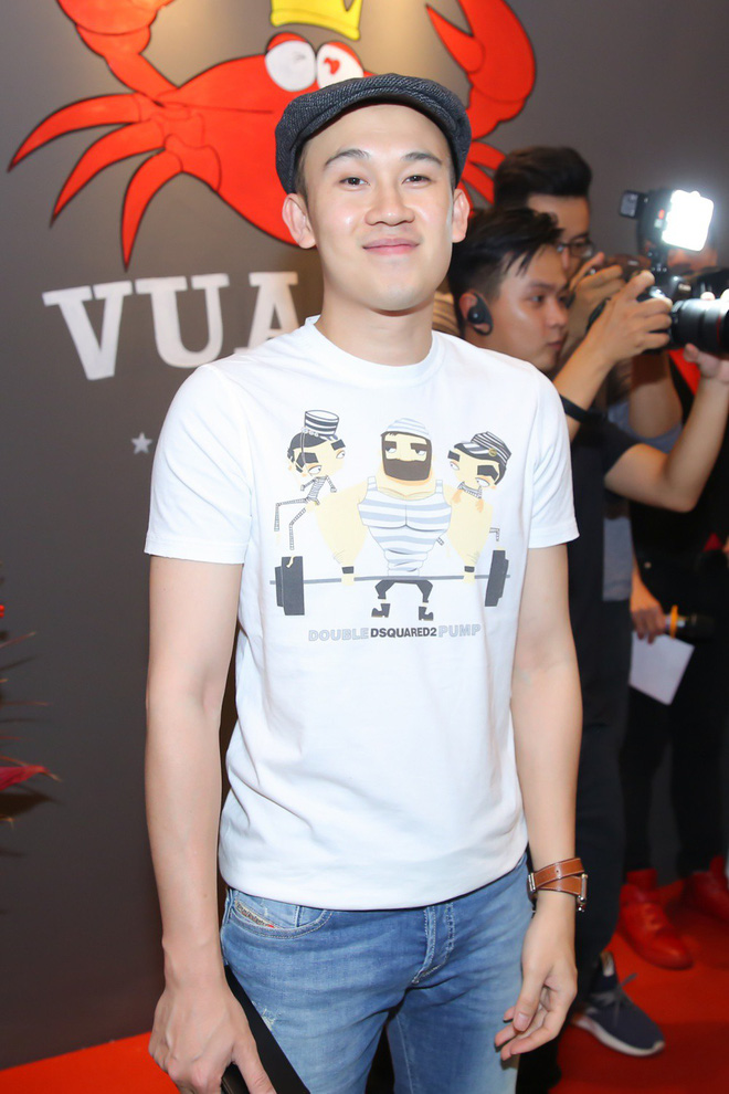 Kaity Nguyễn xinh xắn diện đầm kín như bưng xuất hiện bên bạn trai Will - Ảnh 6.