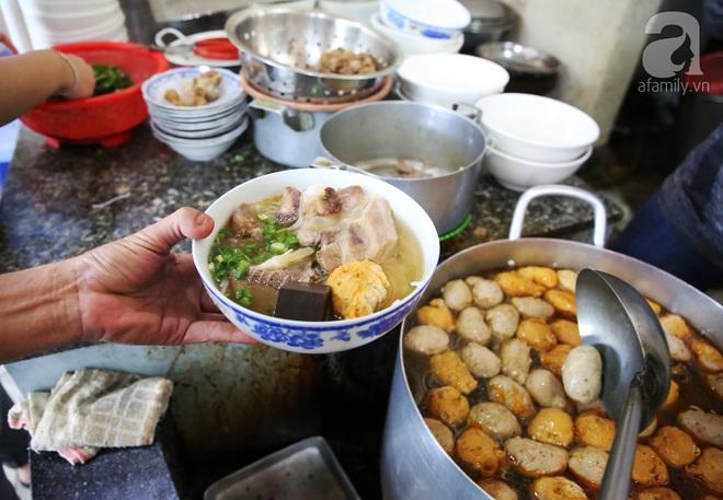 7 món bún tuy nặng mùi nhưng đã thử thì rất dễ nghiện của Việt Nam - Ảnh 3.
