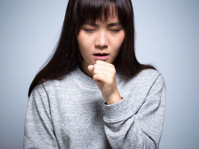 Chuyên gia Đông y chỉ ra những loại thuốc quý chữa ho cực tốt có sẵn trong cuộc sống hàng ngày nhưng thường bị bỏ qua - Ảnh 1.
