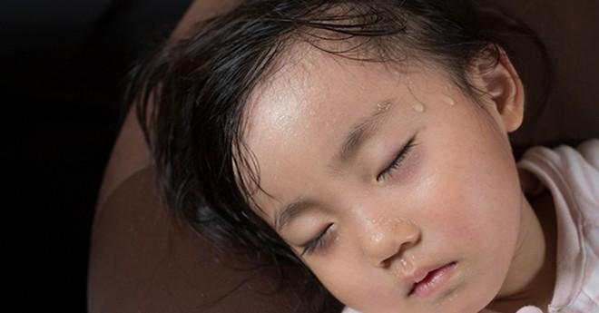 Tất tần tật những dấu hiệu nhận biết trẻ bị thiếu canxi bố mẹ không nên bỏ qua - Ảnh 2.