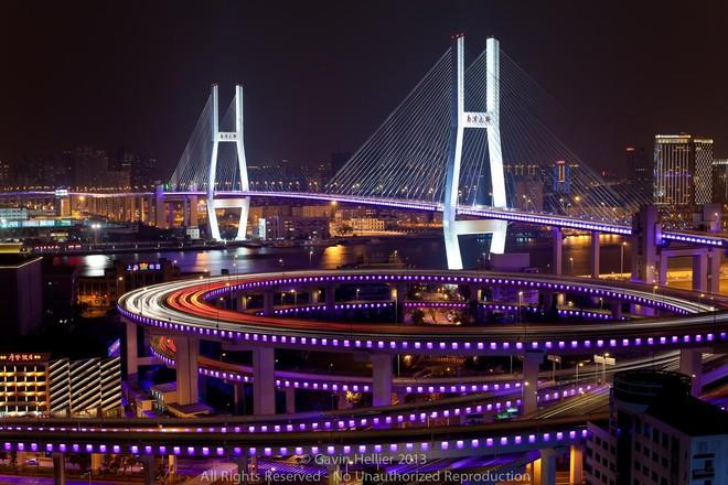 Chiêm ngưỡng những cây cầu độc đáo nhất thế giới - Ảnh 6.