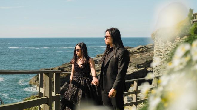 Đám cưới bí mật 3 không của cặp đôi Việt gây sốt MXH vì long lanh như phim tại cực Nam nước Anh - Ảnh 5.