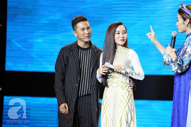 Hòa Minzy công khai tỏ tình soái ca, Tiêu Châu Như Quỳnh thành quý cô hẩm hiu - Ảnh 2.