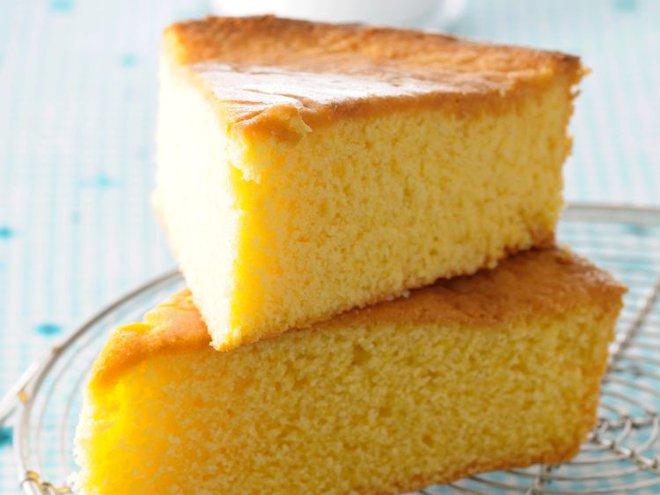 Không có lò nướng thì làm bánh bông lan bằng chảo không dính, vẫn thơm ngon như thường - Ảnh 4.