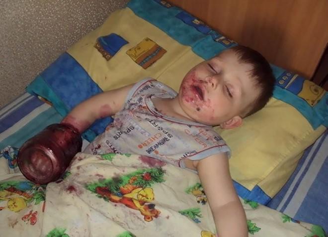 Đừng bao giờ để lũ trẻ ở nhà một mình nếu không muốn chứng kiến những cảnh dở khóc dở cười này - Ảnh 16.