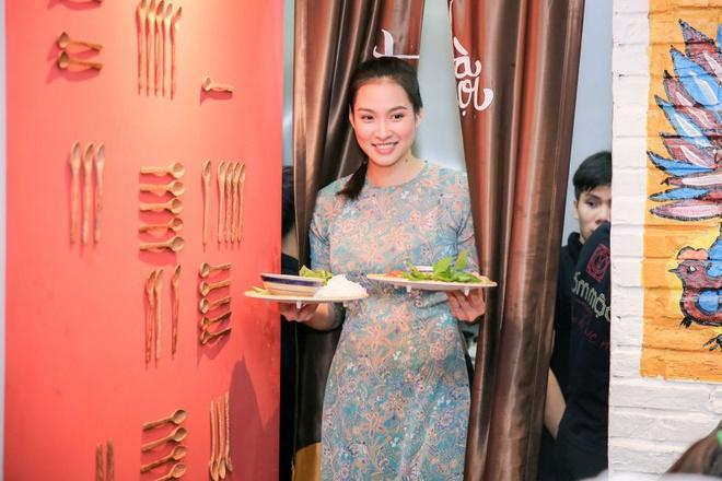 Hoa hậu Thùy Dung bất ngờ tái xuất, khoe sắc bên siêu mẫu Vương Thu Phương - Ảnh 5.