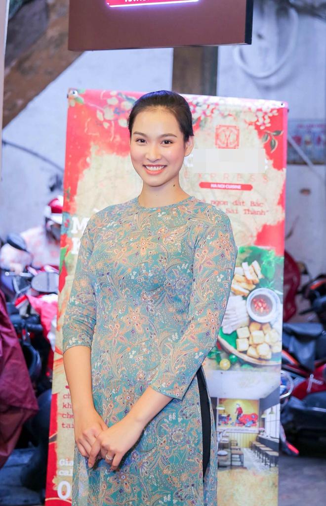 Hoa hậu Thùy Dung bất ngờ tái xuất, khoe sắc bên siêu mẫu Vương Thu Phương - Ảnh 3.