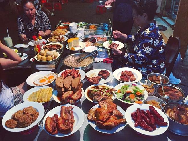 4 quán vỉa hè ngon nức tiếng dành cho hội cú đêm Sài Gòn - Ảnh 8.