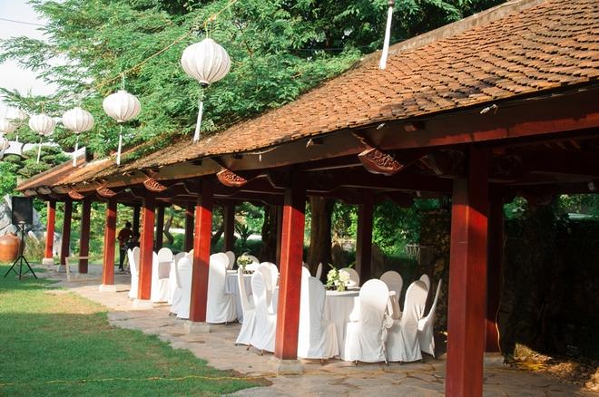 Đám cưới xanh bạc hà của cô dâu Việt quen chàng trai Thụy Điển vì một ly bia, yêu vì một chai rượu - Ảnh 10.