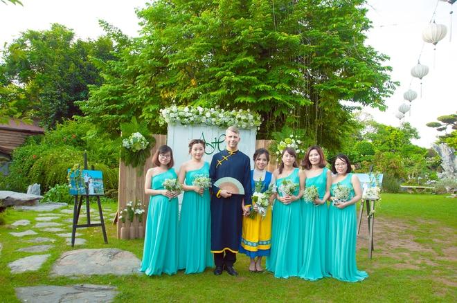 Đám cưới xanh bạc hà của cô dâu Việt quen chàng trai Thụy Điển vì một ly bia, yêu vì một chai rượu - Ảnh 3.