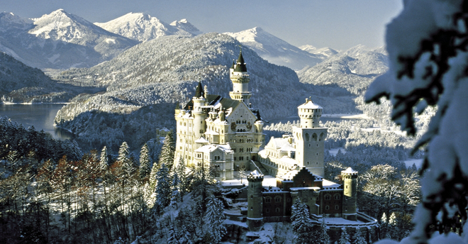 Ngất ngây với những hình ảnh tuyết rơi đẹp lung linh trên khắp thế giới - Ảnh 23.