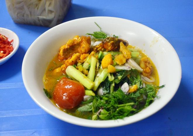 8 món ăn thần thánh giúp bạn chống chọi với thời tiết rán trứng giữa đường của Hà Nội - Ảnh 2.