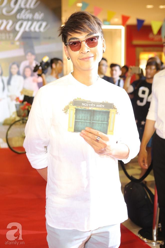 Miu Lê lạ mắt với tóc siêu ngắn, Hoàng Yến Chibi ấn tượng với style cổ điển - Ảnh 7.