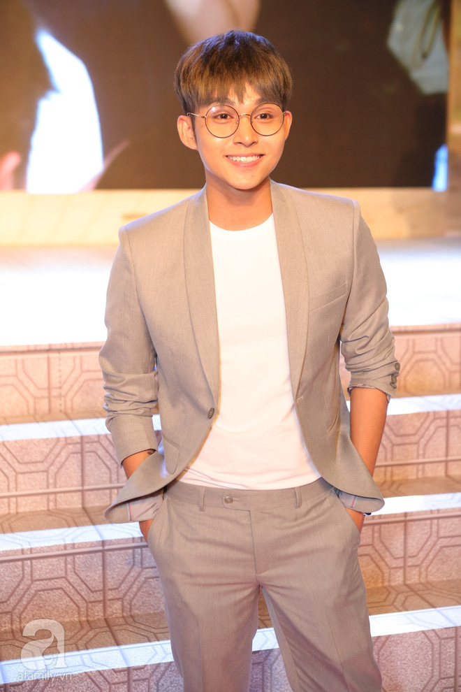 Miu Lê lạ mắt với tóc siêu ngắn, Hoàng Yến Chibi ấn tượng với style cổ điển - Ảnh 5.