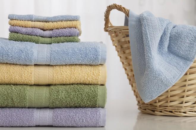 Chính xác thì chiếc khăn tắm của bạn bẩn đến mức nào? Câu trả lời sẽ khiến bạn vô cùng sốc - Ảnh 1.