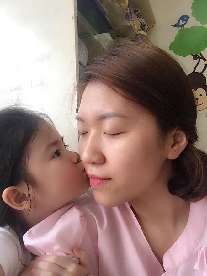 Cô giáo Hà Nội xinh đẹp dí dỏm kể kỷ niệm ngày đầu đi dạy: Khóc như mưa đòi hôm sau không đến trường - Ảnh 6.