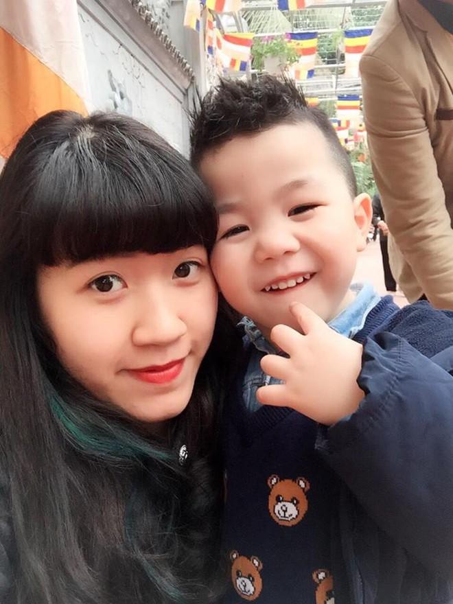 Cô giáo Hà Nội xinh đẹp dí dỏm kể kỷ niệm ngày đầu đi dạy: Khóc như mưa đòi hôm sau không đến trường - Ảnh 3.