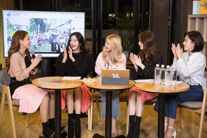 Chi Pu được T-Ara khen ngợi khi khoe giọng hát chay bằng tiếng Hàn  - Ảnh 3.