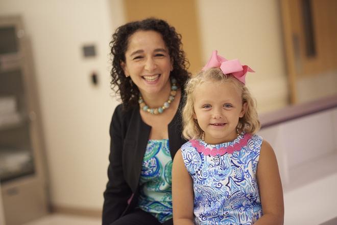 Chỉ vài năm, hai mẹ con lần lượt mắc bệnh ung thư và cái kết chẳng ai dám nghĩ đến - Ảnh 3.
