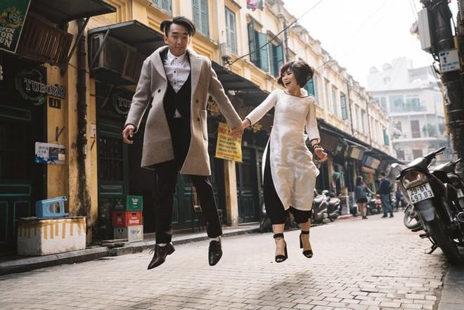 """Nhảy vòng quanh Hà Nội - ảnh cưới """"chất phát ngất"""" của cặp đôi vũ công """"chị ơi, em yêu chị"""" - Ảnh 2."""