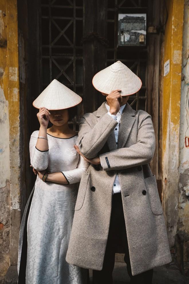 """Nhảy vòng quanh Hà Nội - ảnh cưới """"chất phát ngất"""" của cặp đôi vũ công """"chị ơi, em yêu chị"""" - Ảnh 10."""
