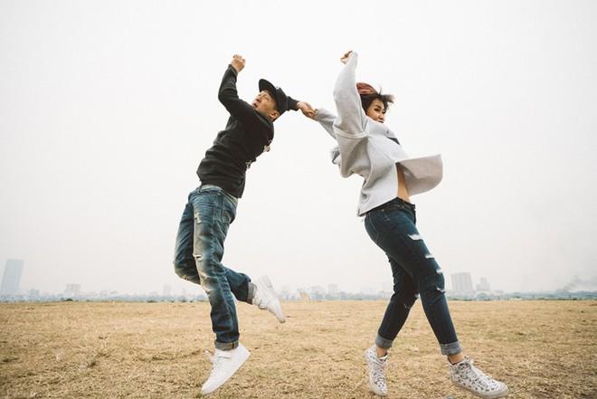 """Nhảy vòng quanh Hà Nội - ảnh cưới """"chất phát ngất"""" của cặp đôi vũ công """"chị ơi, em yêu chị"""" - Ảnh 21."""
