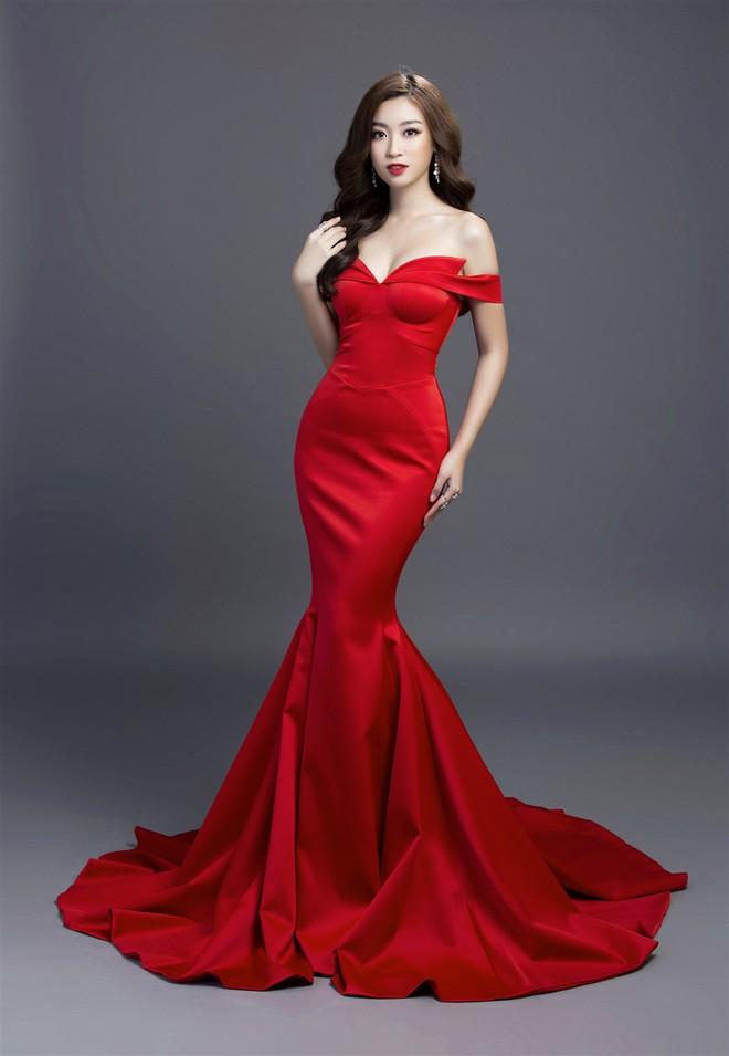 Mỹ Linh diện đầm đỏ hở vai đẹp kiêu sa sau khi dẫn đầu bình chọn online - Ảnh 3.
