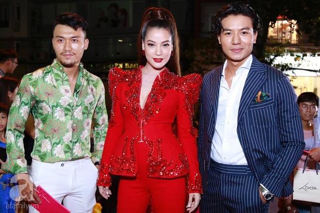 Võ Hoàng Yến mặc váy in chân dung chính mình trên thảm đỏ Next Top Model - Ảnh 5.