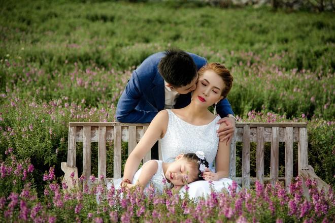 Giảm hơn 30kg, Thanh Huyền Bước nhảy ngàn cân khoe chồng hiền con xinh - Ảnh 2.