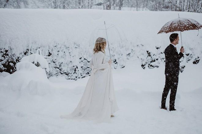 Ngất ngây với những hình ảnh tuyết rơi đẹp lung linh trên khắp thế giới - Ảnh 24.