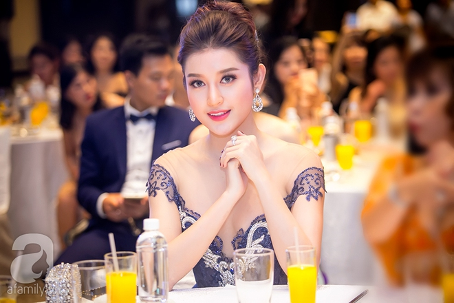Hoa hậu Đỗ Mỹ Linh rạng ngời đọ sắc với Á hậu Huyền My - Ảnh 8.