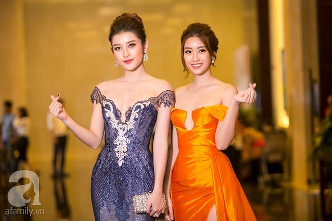 Hoa hậu Đỗ Mỹ Linh rạng ngời đọ sắc với Á hậu Huyền My - Ảnh 2.