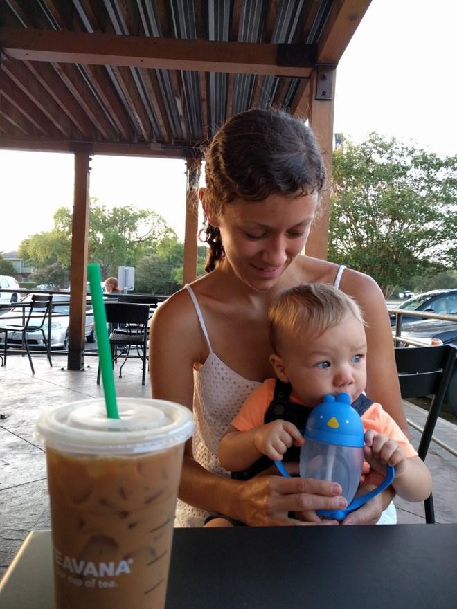 Là giáo viên Montessori, tôi đã học được 5 bài học làm mẹ quý giá - Ảnh 1.